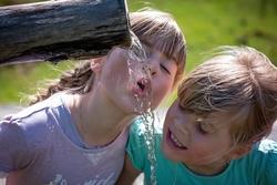 Süßwasserressourcen in Gefahr: Nationale Wasserstrategie ist elementar beim Erhalt des Lebenselixiers Wasser
