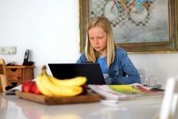 Stadt wirbt für Lernplattform schulen-hannover.de