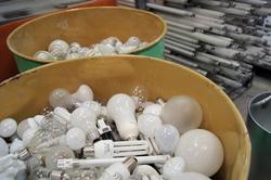 Online-Händler müssen Rücknahme von Elektroaltgeräten sofort rechtskonform umsetzen