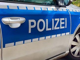 Polizei sucht Täter-Quintett