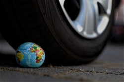 Dienstwagen-Check: Politikerinnen und Politiker entscheiden sich verstärkt gegen Klimaschutz